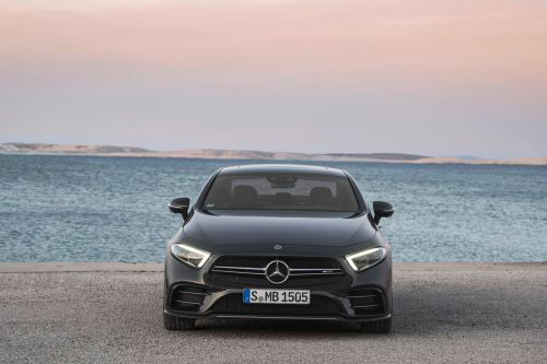 small resolution of the 2019 mercedes e class gets the electric boost it needs