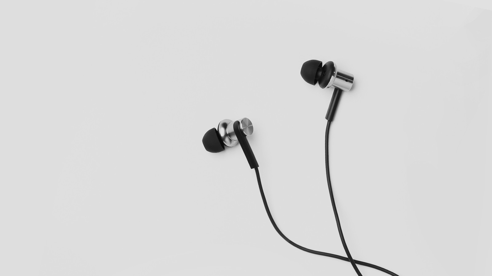 Xiaomi's new headphones pair great sound with a low price