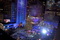 Rockefeller Center Christmas tree lighting: How to ...
