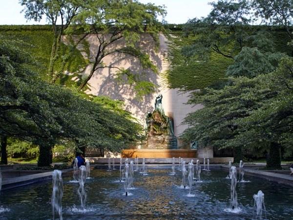 Garden Art Institute of Chicago