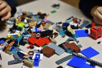 A Grown Up Lego-Themed Pop Up Bar Will Bring a Million ...