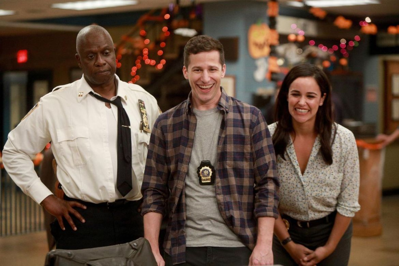 Brooklyn Nine-Nine - Captain Holt, Peralta, Santiago