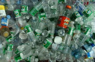New York City is cracking down on plastic bottles - The Verge
