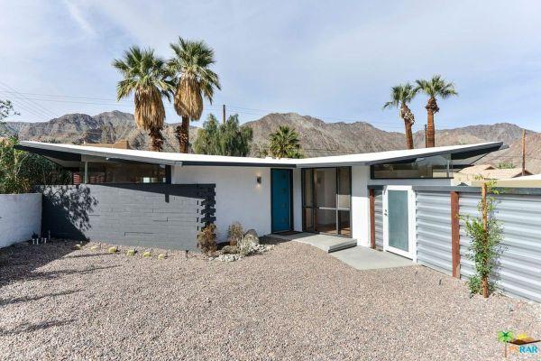 midcentury bungalow in cali desert