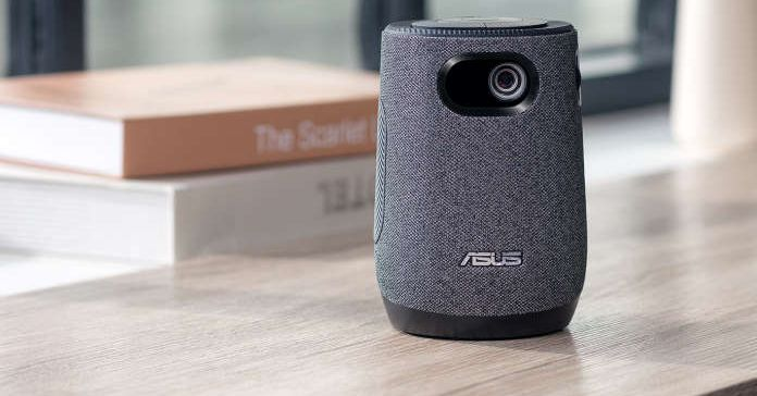 Asus' latte dispenses movies instead of coffee and milk
