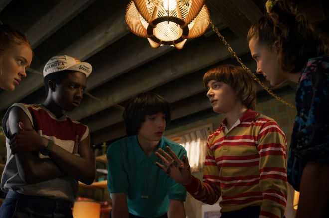 A27_promo_stills_022519.0041_R.0 Stranger Things is getting a companion podcast and Magic: The Gathering cards   The Verge