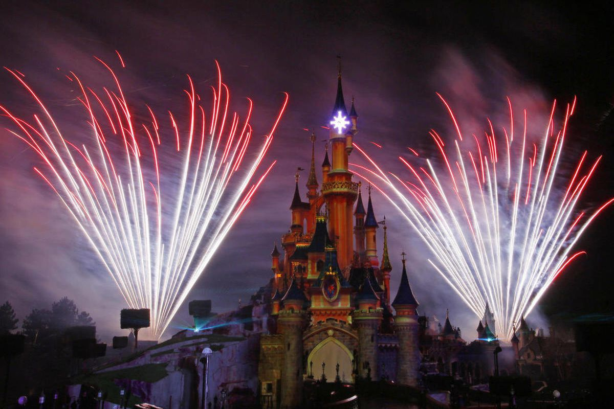 Disneyland and coronavirus: Is Disneyland Paris open after COVID ...