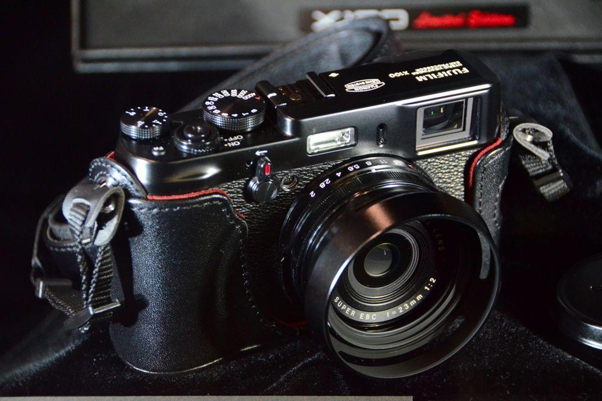 Fujifilm Launching Limited Edition Black X100 For 1 700