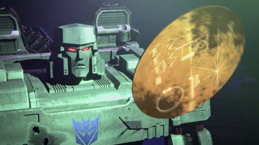 Megatron discovers the Voyager 1 golden disk in Transformers: War for Cybertron - Earthrise