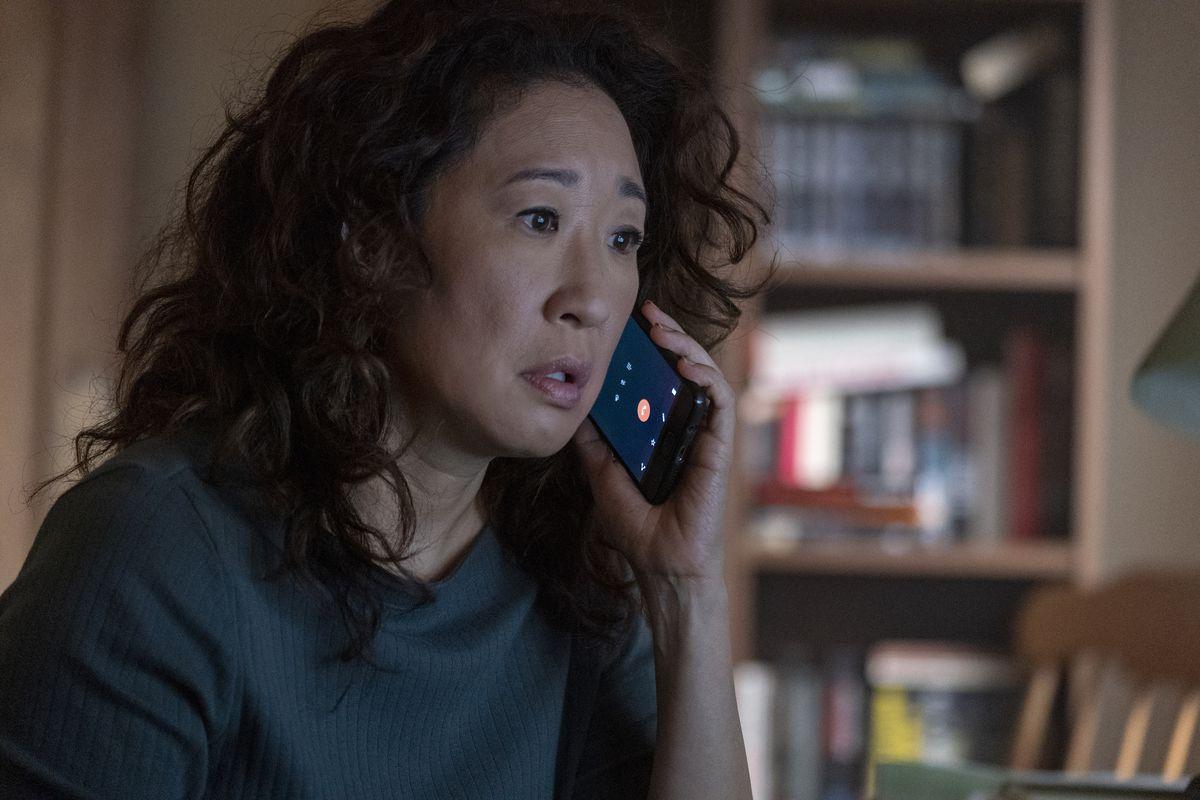 Killing Eve season 2 - Eve Polastri on the phone