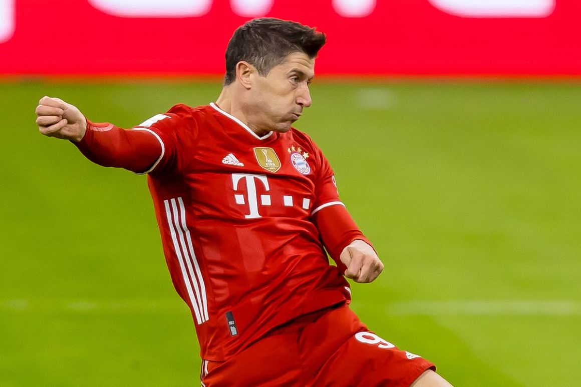 Daily Schmankerl: No swap deal for Bayern Munich and Chelsea; Friendlies for Germany's men and women announced; Chelsea and Manchester City to battle for David Alaba; Robert Lewandowski has battered the woodwork;