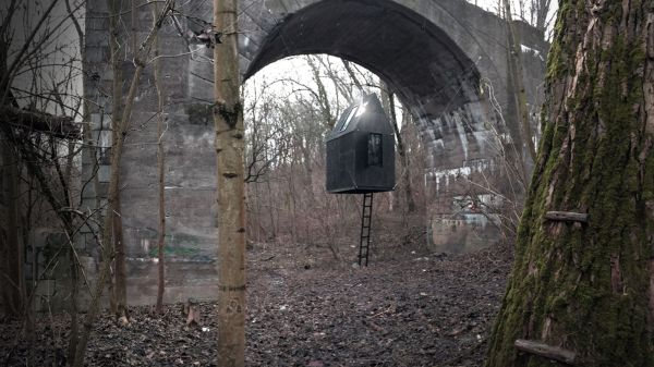 Tiny House Floats Under Railway Arch - Curbed