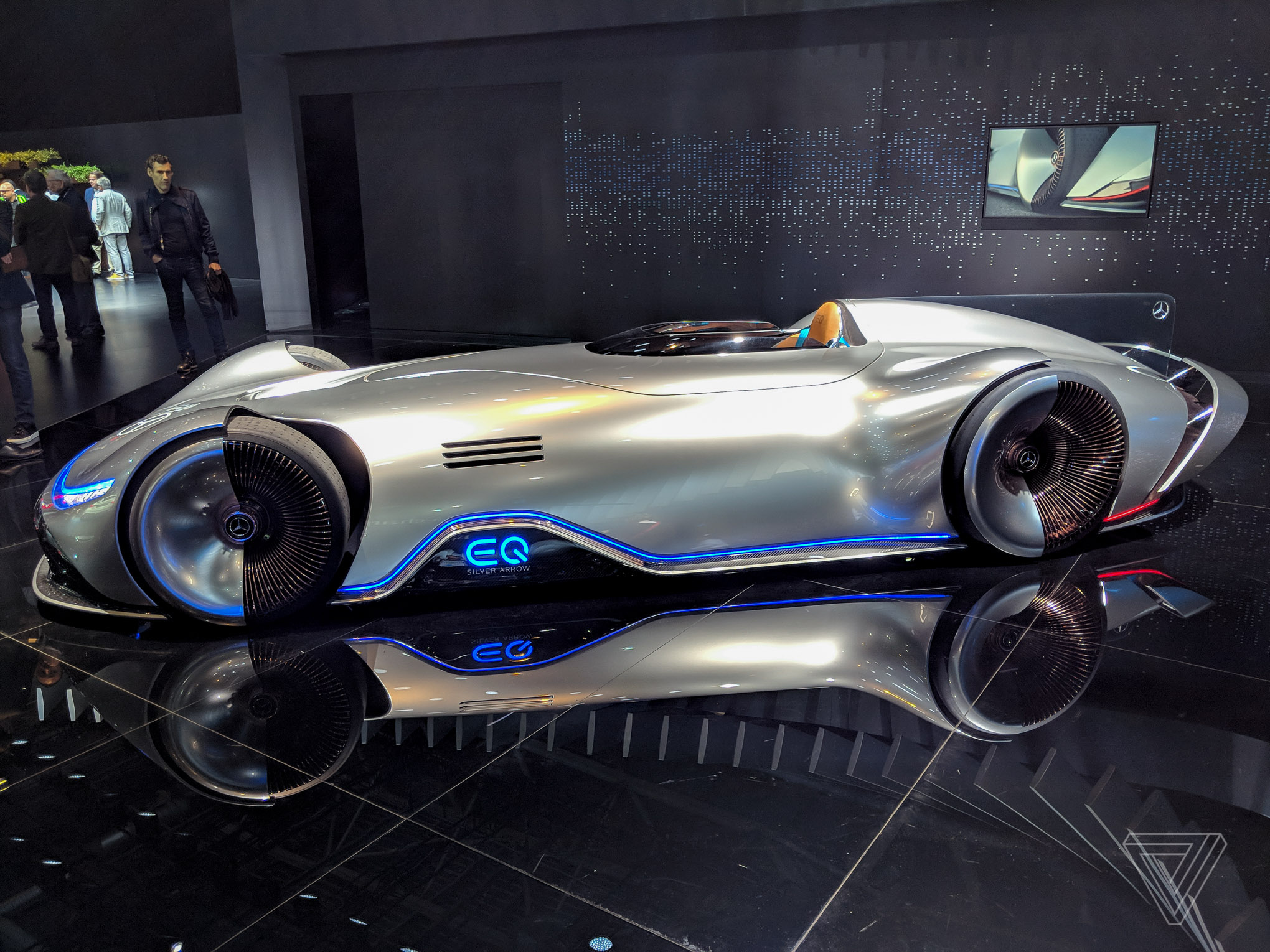Mercedes Eq Silver Arrow Blends Retro Design With Electric