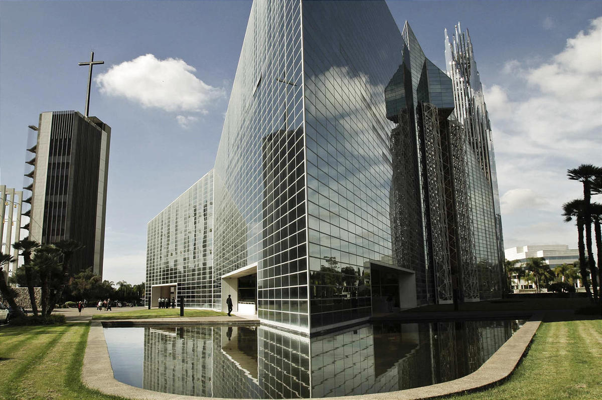 crystal cathedral a tale