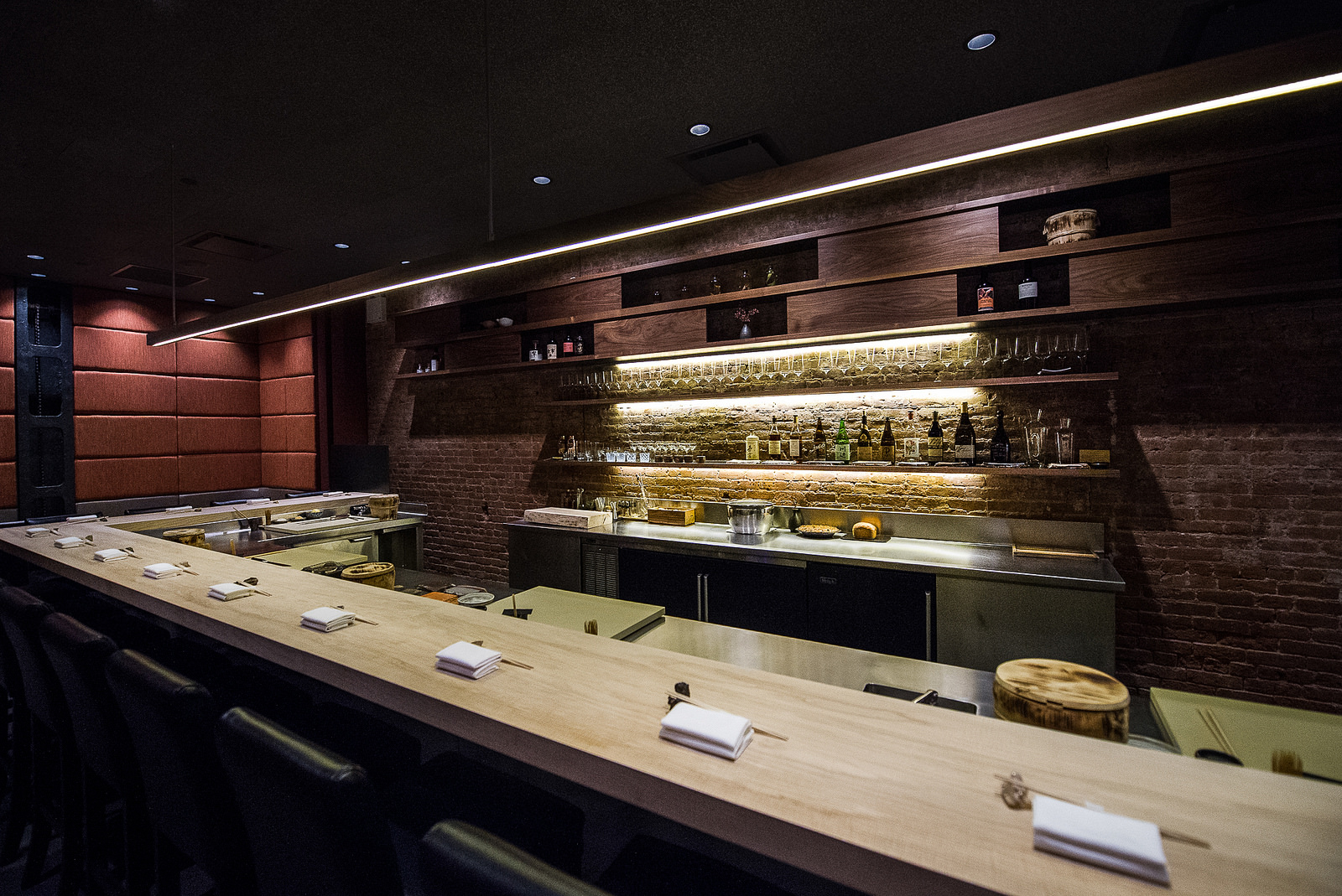 OmakaseOnly Sushi Bar Shuko Is Dark and Intimate