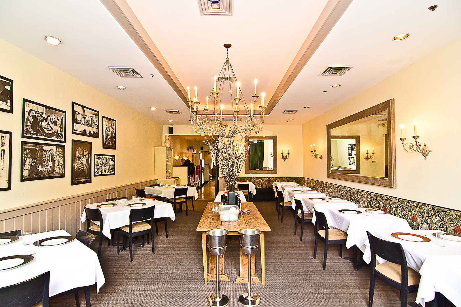 Can You Name the Shuttered DC Restaurant By Its Dining