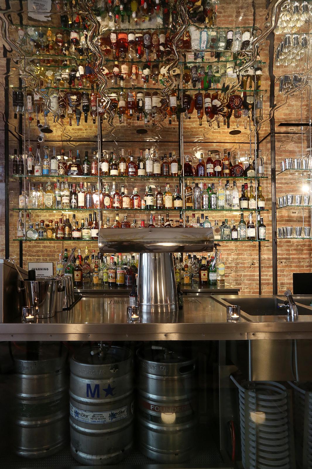 Opening Alert Hamptons Import Bay Kitchen Bar Brings the