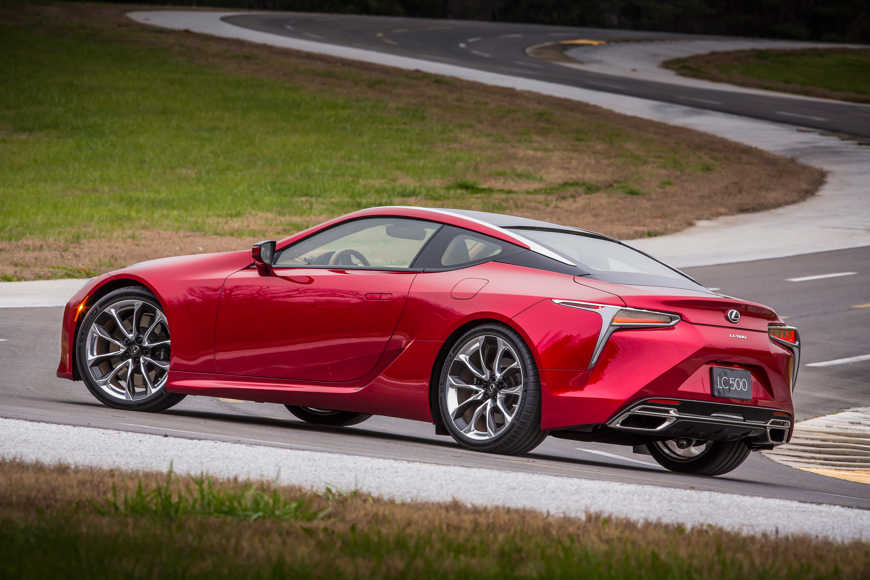 The Lexus Lc 500 Is A Big Powerful Flagship Coupe And It Wont