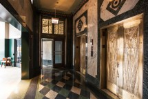 Tour Wicker Park Hotels' Restaurants Bars And