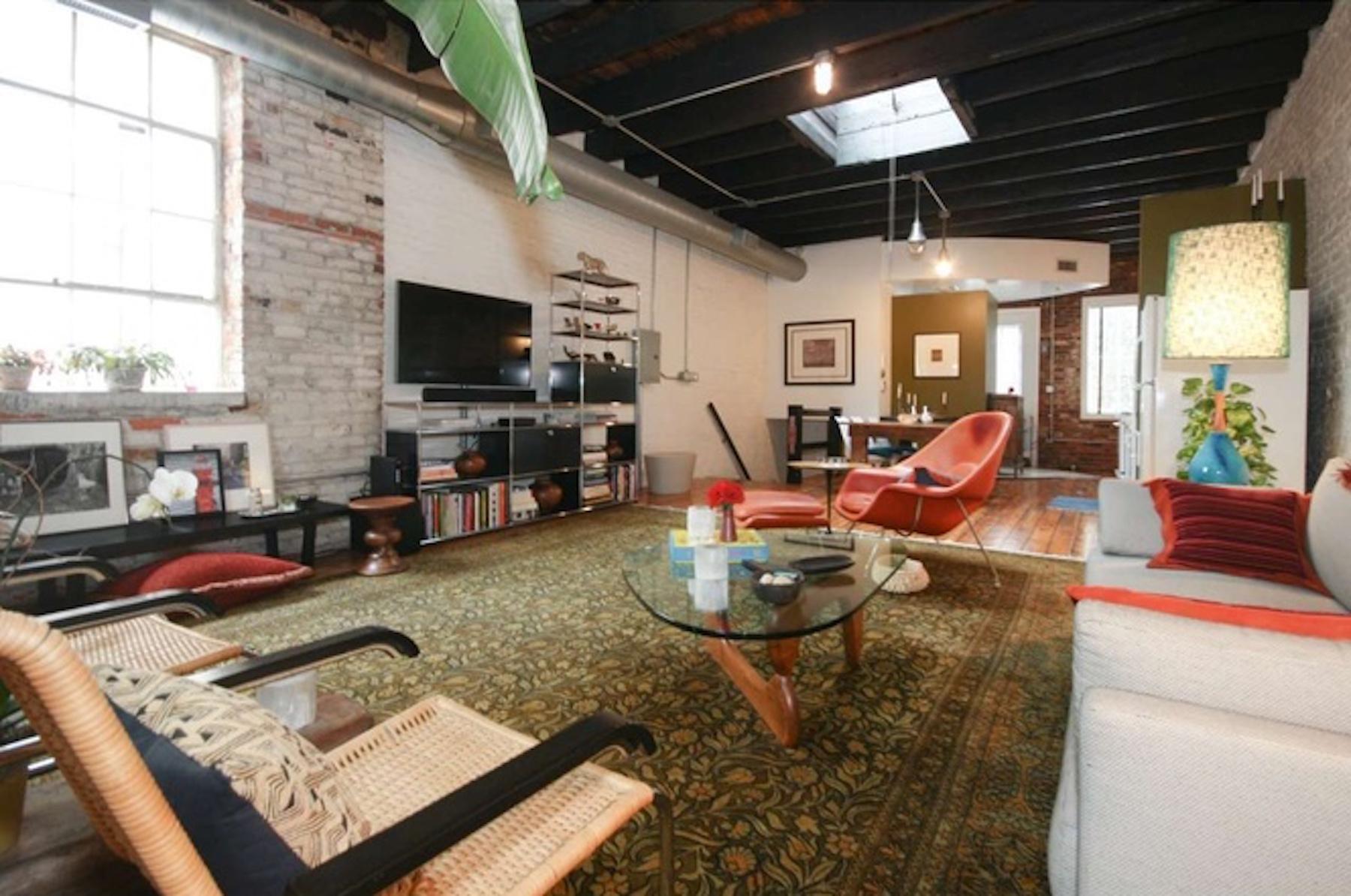 Cool Bella Vista loft above garage asks 619K  Curbed Philly