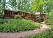 5 Frank Lloyd Wright-inspired Homes Philly