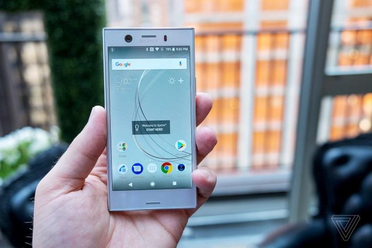 Картинки по запросу Sony Xperia XZ1 Compact фото