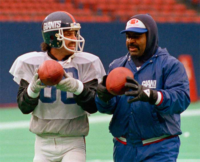 Romeo Crennel giants - Worst coaching decisions ever made by the New York Giants