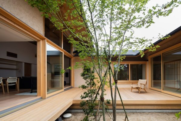 japanese courtyard house makes