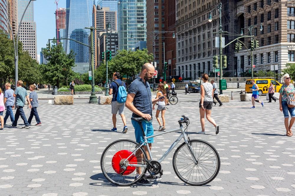 medium resolution of copenhagen wheel review a bike that makes you feel like a superhero the verge
