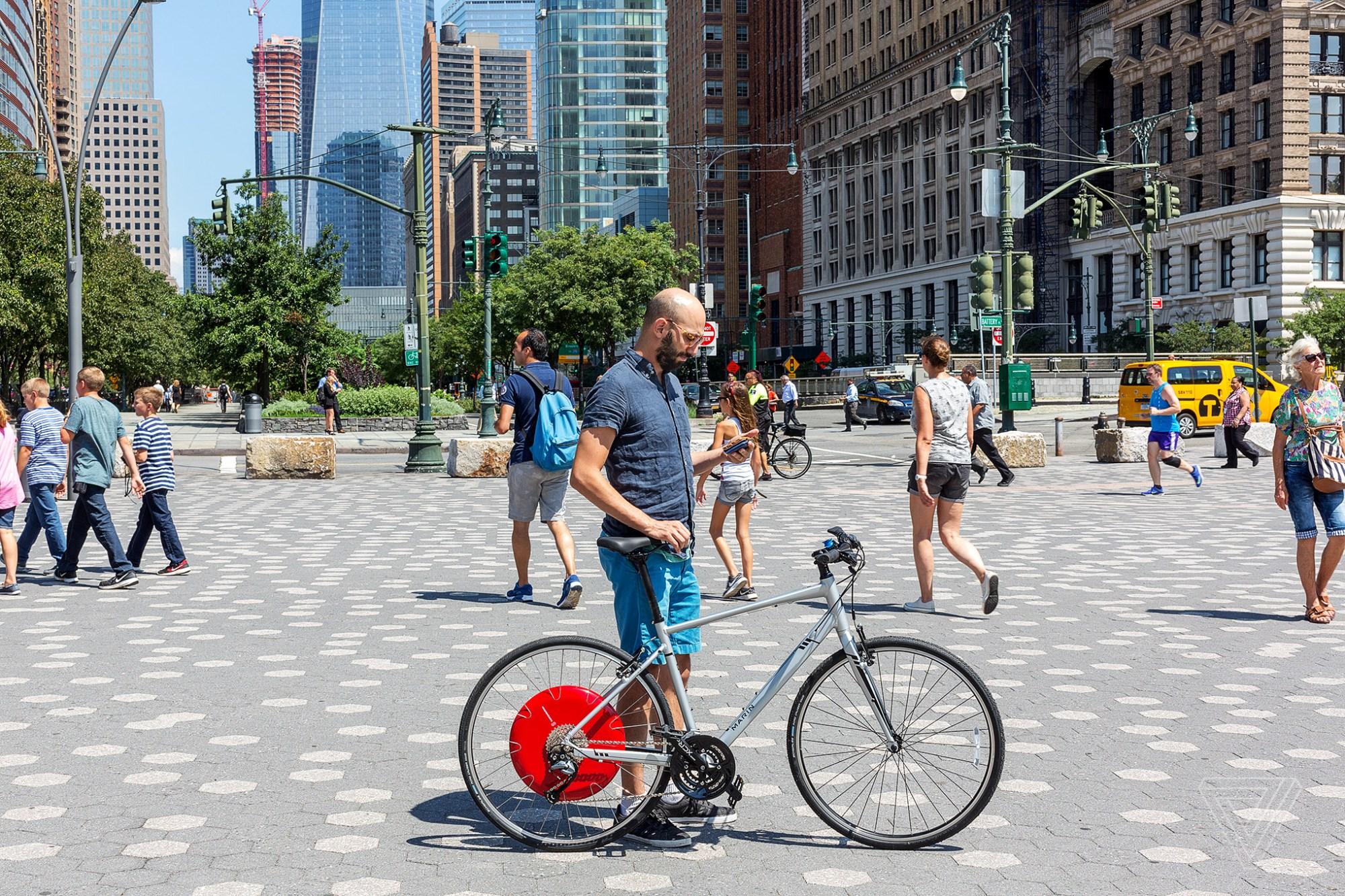 hight resolution of copenhagen wheel review a bike that makes you feel like a superhero the verge
