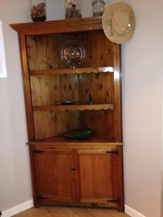 Mueble esquinero madera Pino de segunda mano por 125  en Madrid en WALLAPOP