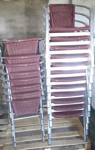 Sillas y mesas de terraza de segunda mano por 99  en Toro