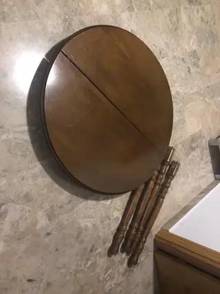 Mesa Camilla extensible con cristal ovalado de segunda