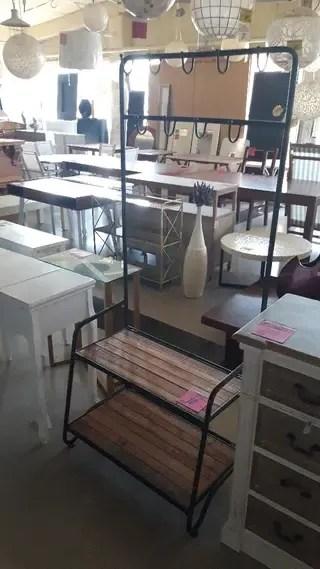 Zapatero vintage de segunda mano en la provincia de