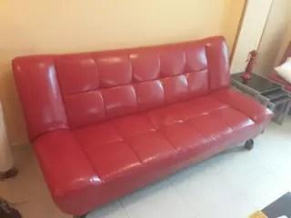Sofa Cama Rojo imitacin piel de segunda mano por 140  en