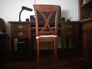 Escritorio y silla de segunda mano por 100  en Poligono