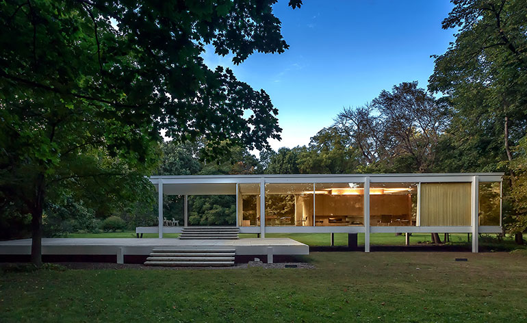 Amplified art meets architecture at the Farnsworth House