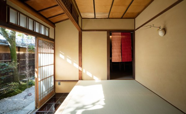 House with a Kura, Kyoto