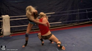 Two blondes Laura Crystal and Michelle Moist in ring thumb