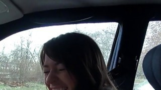 Dude fucks_amateur babe in the car in public thumb