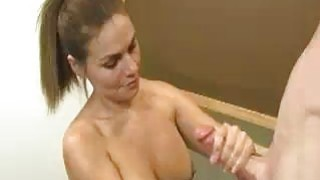 Teen Babes Cute Face Creamed By Huge Buckets thumb