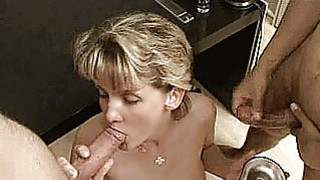 Amateur Milf anal threesome with cumshots thumb