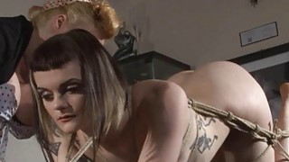 Amateur lezdom binds her sub with rope thumb