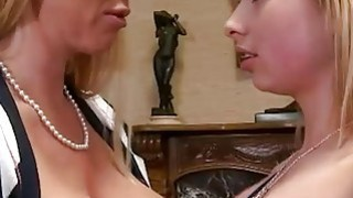 Bubble butt and busty MILF threesome sex in the livingroom thumb