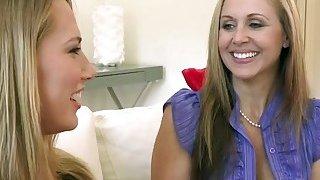 Hot MILF Julia Ann shares big dick with_a hot babe Van Wilde thumb