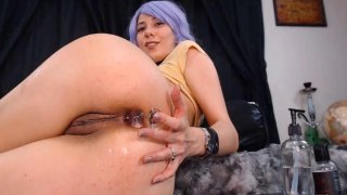 Hot Sexy Chick Drills Her Ass and_Pussy thumb