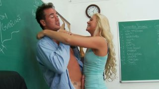 Blonde whore Jessie Andrews_giving hot blowjob and getting her pussy eaten hard thumb