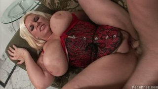 Fat blonde in lingerie Tiffany Blacke gives amazing titjob thumb