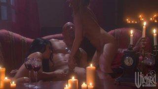 Seductive ladies Kaylani Lei, Devon Lee, Mikayla Mendez and Jennifer Dark for two guys thumb