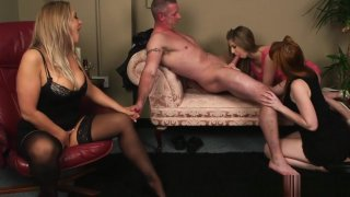 English ginger femdoms jerking sub in group thumb